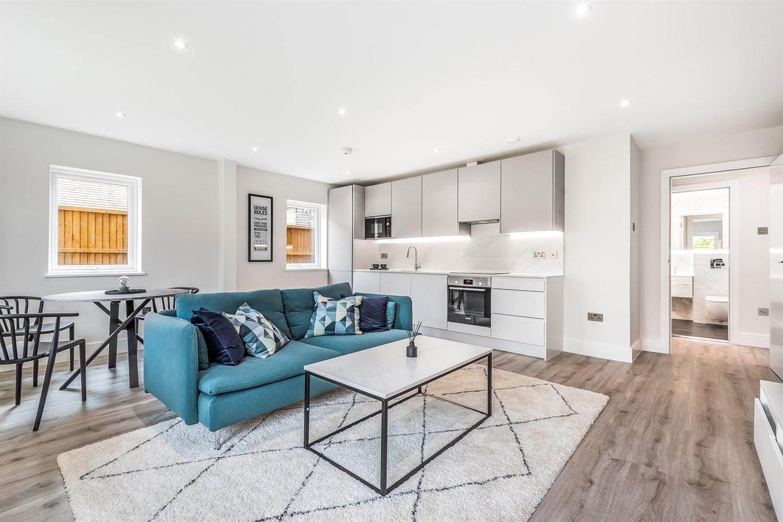 Bourne House at Beansheaf Grange - 2 bed apartment, Calcot Reading RG31 7BW