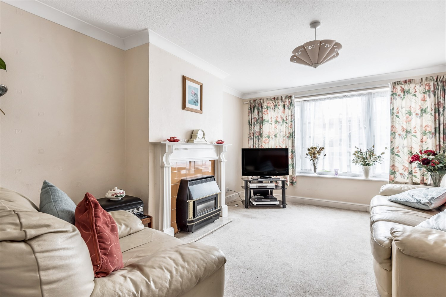 Tintern Crescent, Reading, RG1 6HB