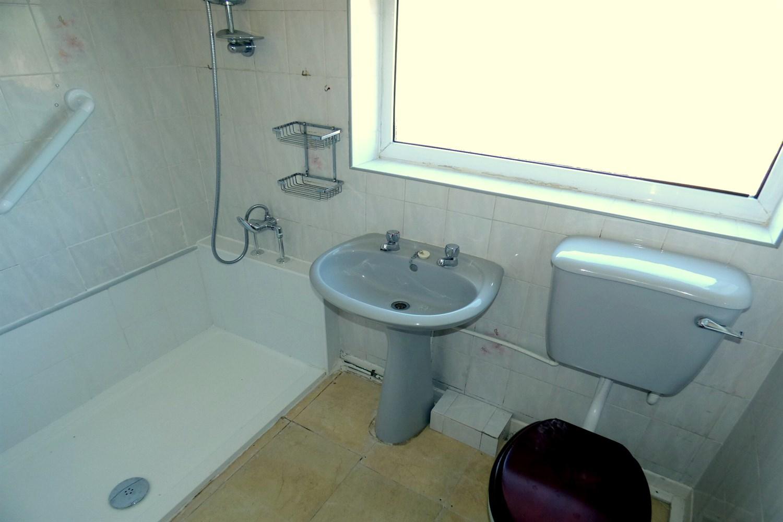 Bathroom+