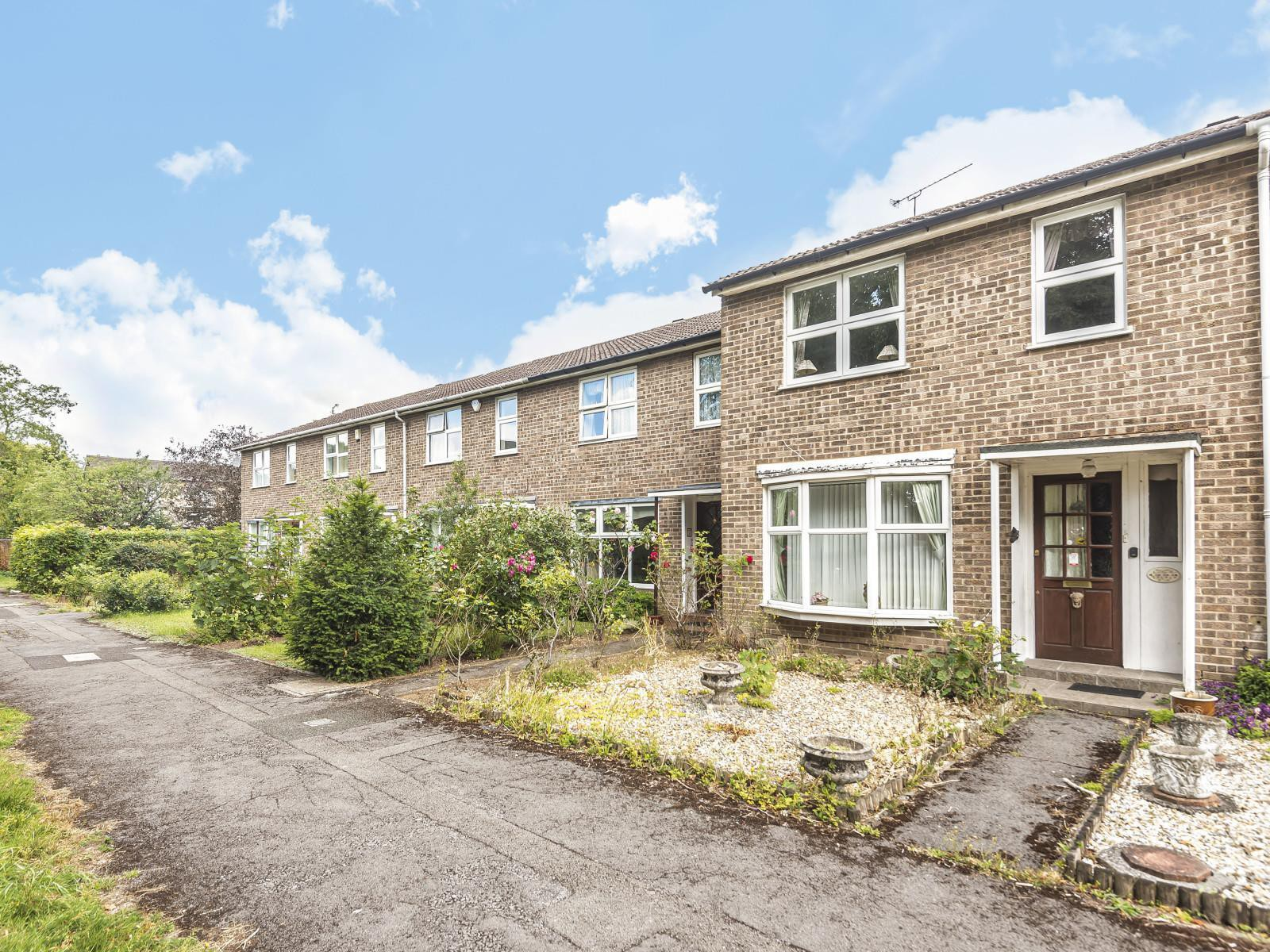 Tazewell Court, Reading, RG1 6HQ