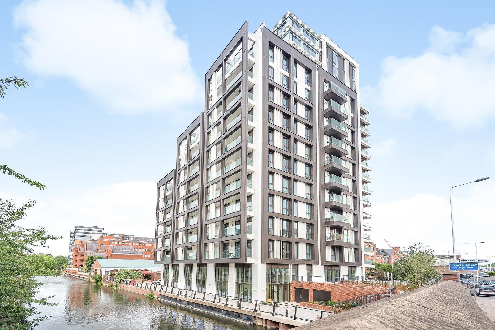 Flat 108 Verto, 120 Kings Road, Reading, RG1 3BY