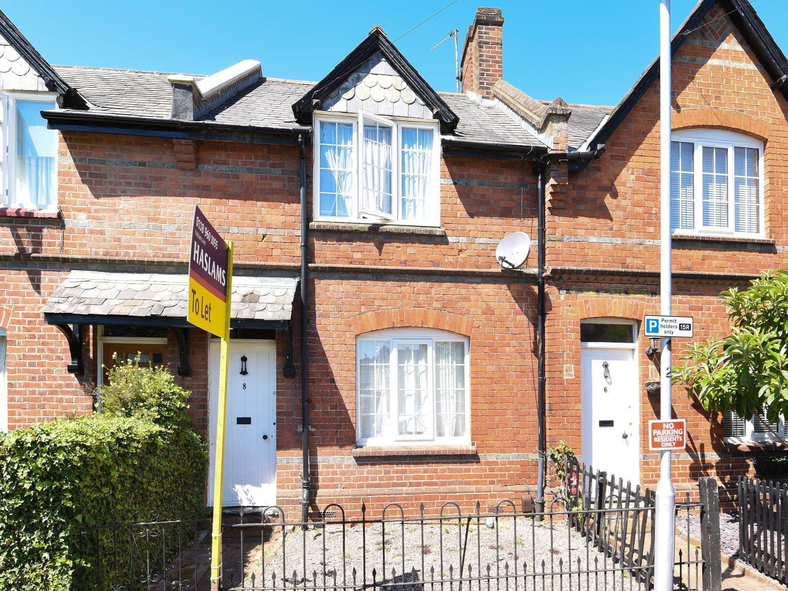8 Whitley Park Lane, Reading, RG2 7BE