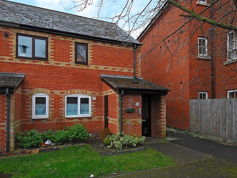 Phoebe Court, Reading, RG1 2NA