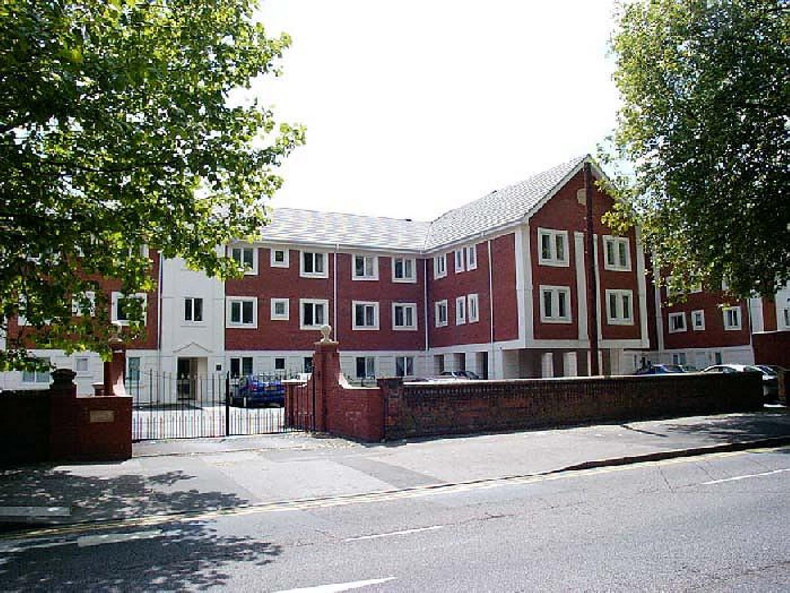 Shelley Court, Reading, RG1 5DG