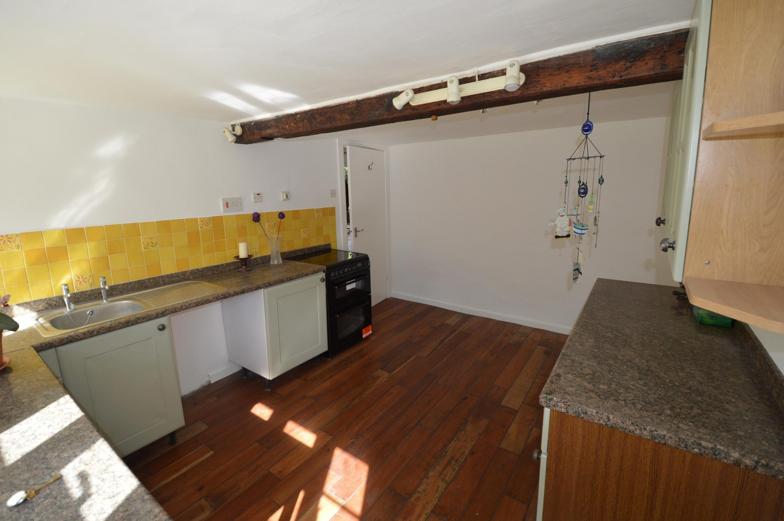 Kitchen Property to let in West Meon