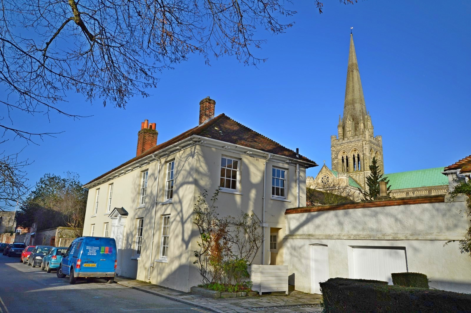 Front (Main) House to rent in Chichester