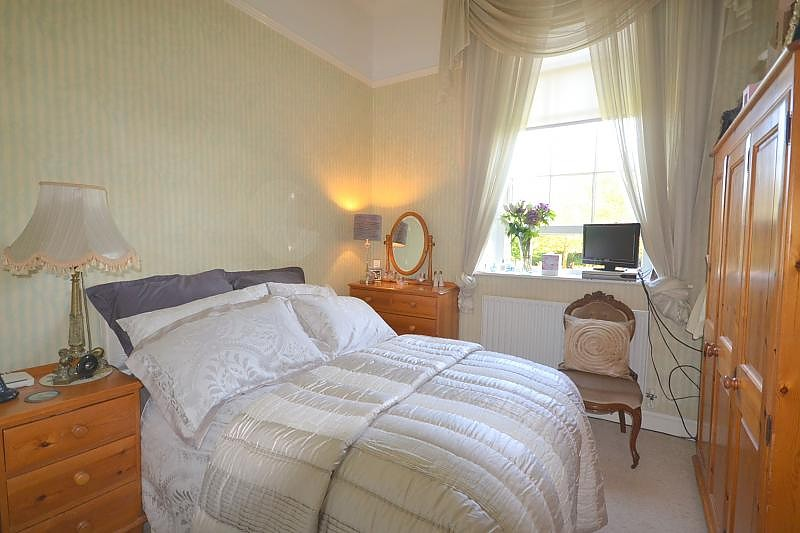 Flat to rent in Chichester Master Bedroom