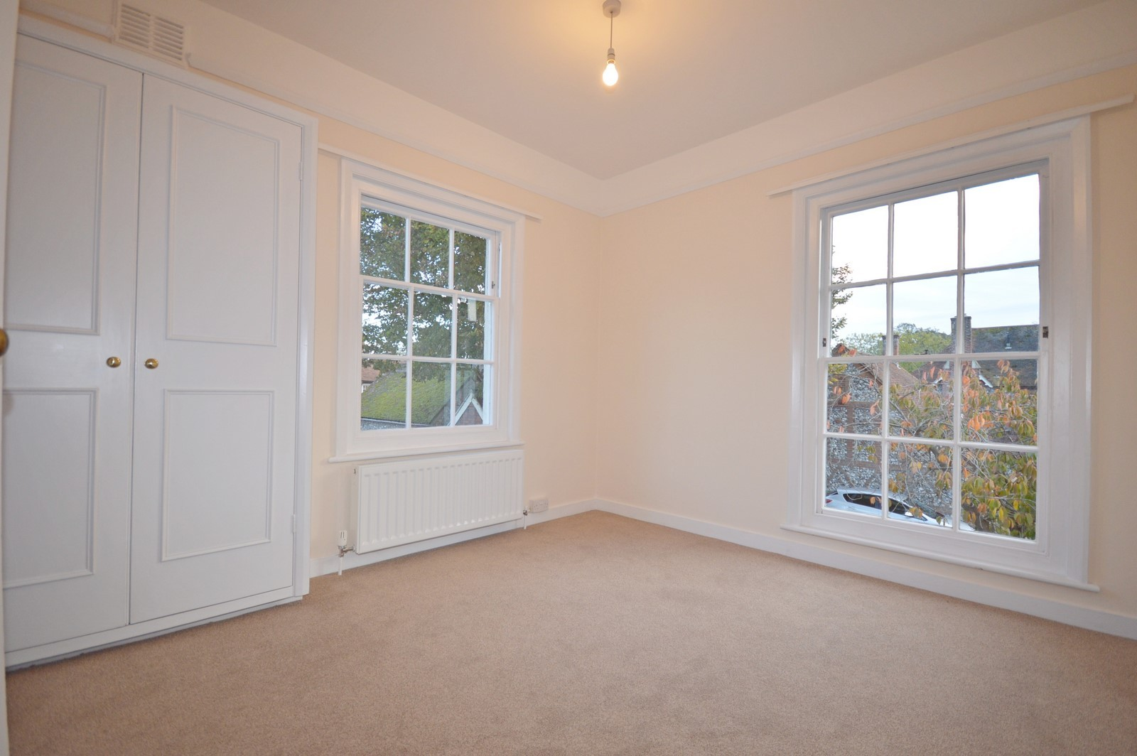 Bedroom House to rent in Chichester City Centre