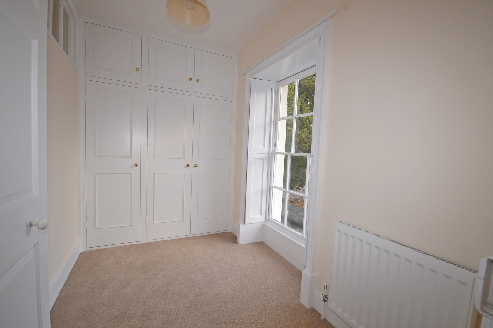 Dressing room House to rent in Chichester City Centre