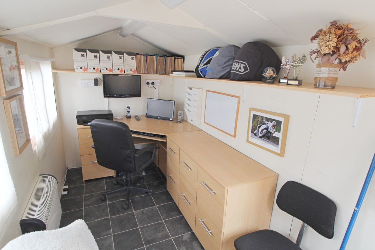 Home office/shed