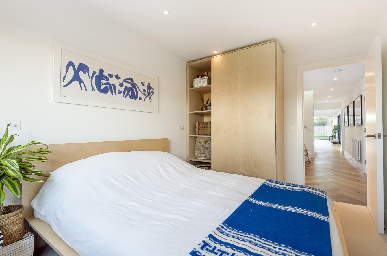 bed 3 a