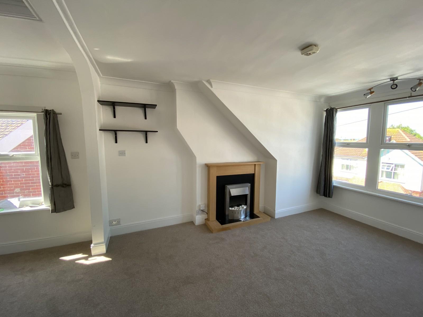 Living room Flat to rent in Bognor Regis