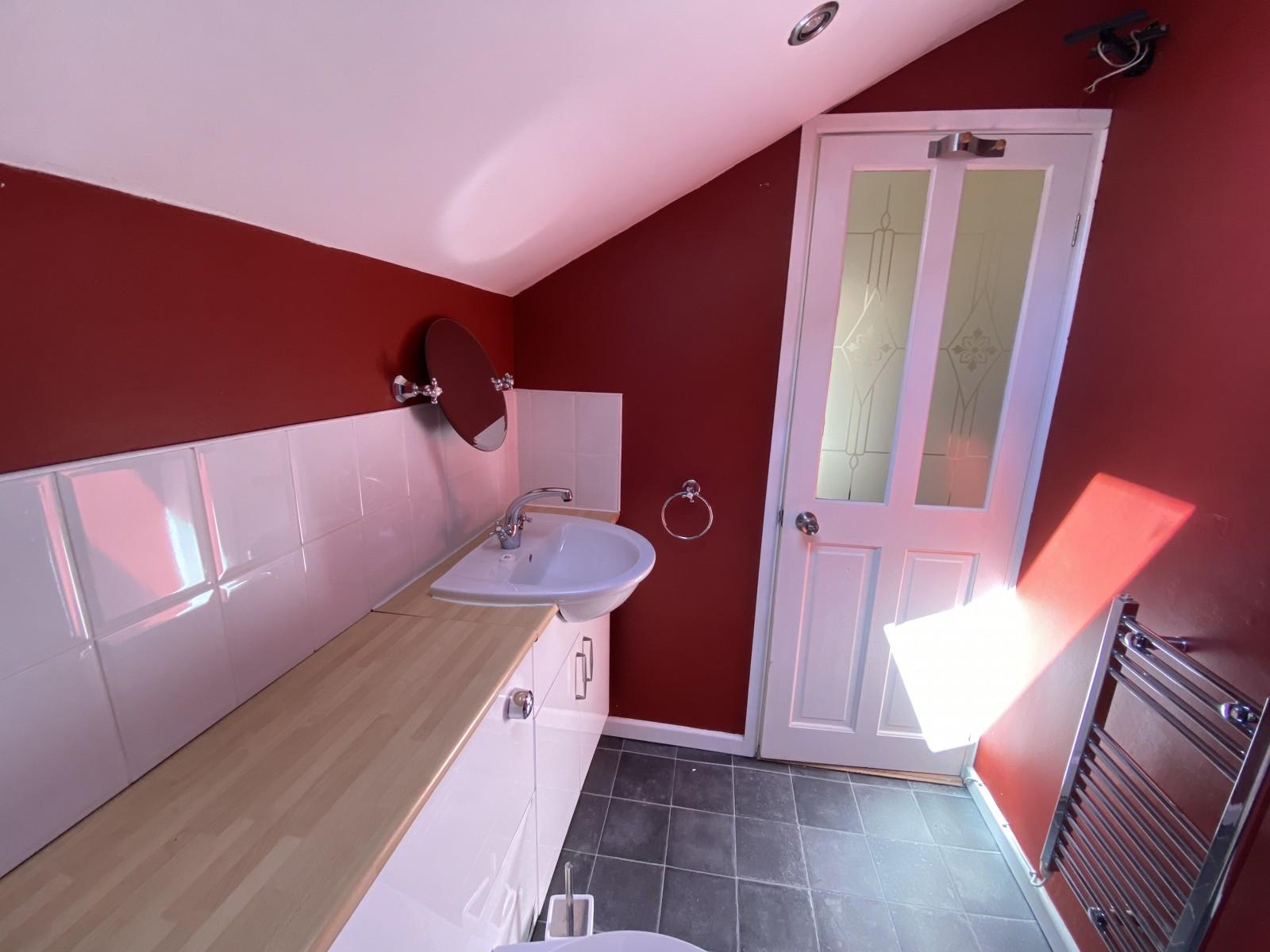 Kitchen Flat to rent in Bognor Regis